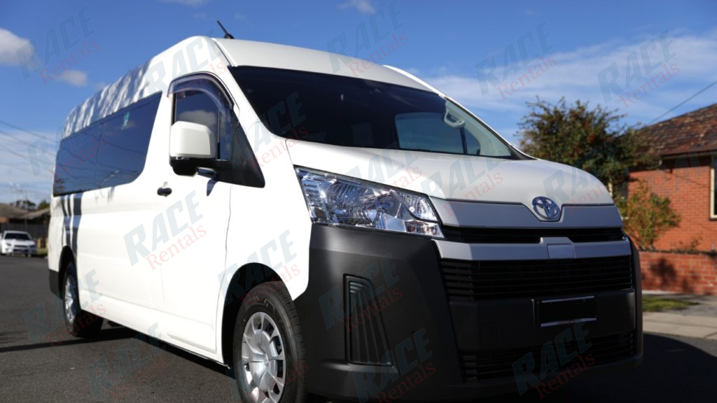 Hiace New Shape Commuter Bus